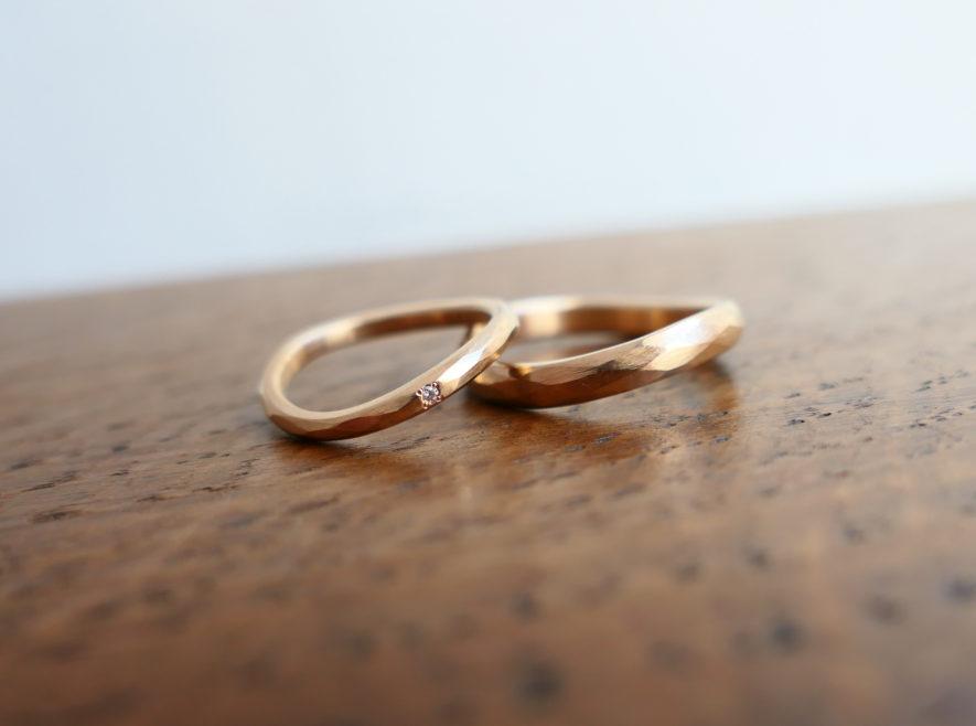 ラフウェーブの結婚指輪